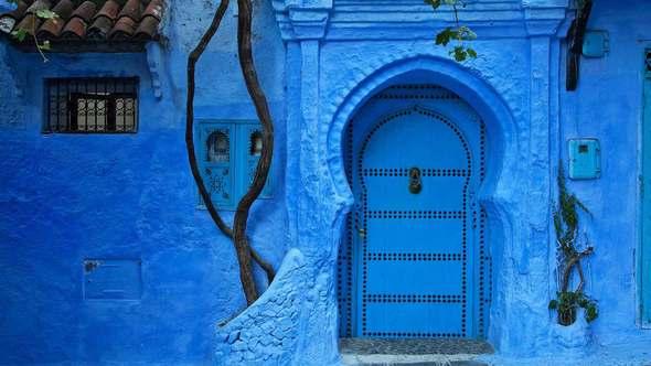 10 durų, už kurių slenksčio norisi stovėti