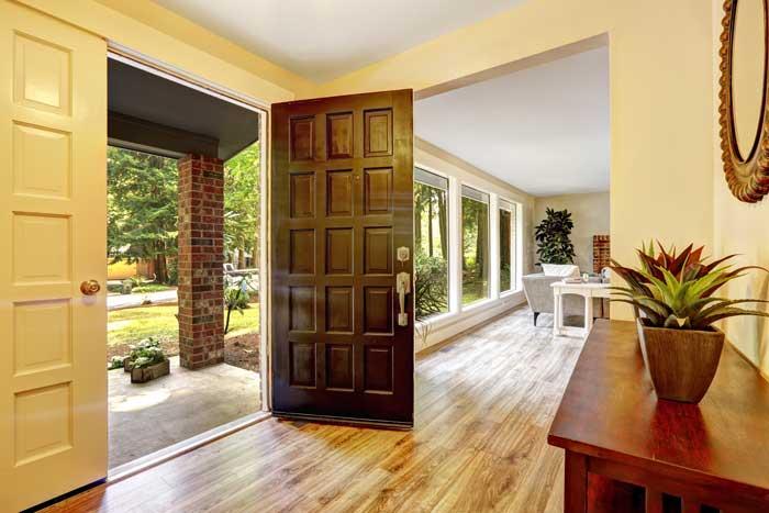 Šarvuotų durų pranašumai prieš kitų tipų duris